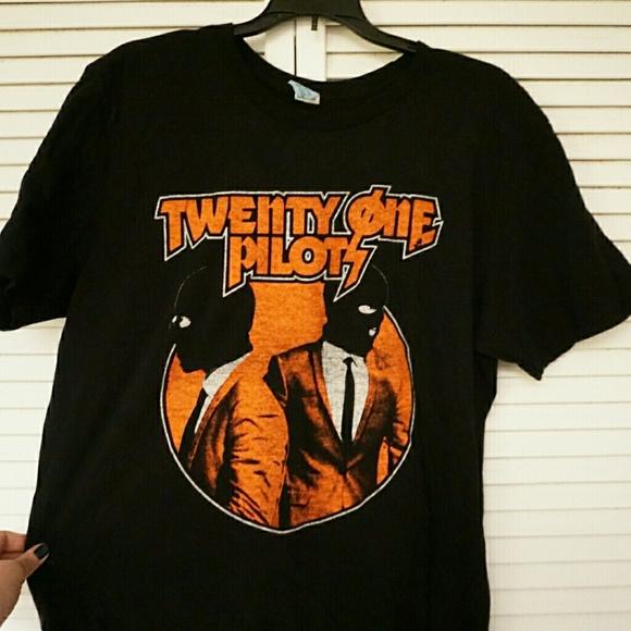 c5f2d224 Hot Topic Shirts | Twenty One Pilots Tshirt L | Poshmark